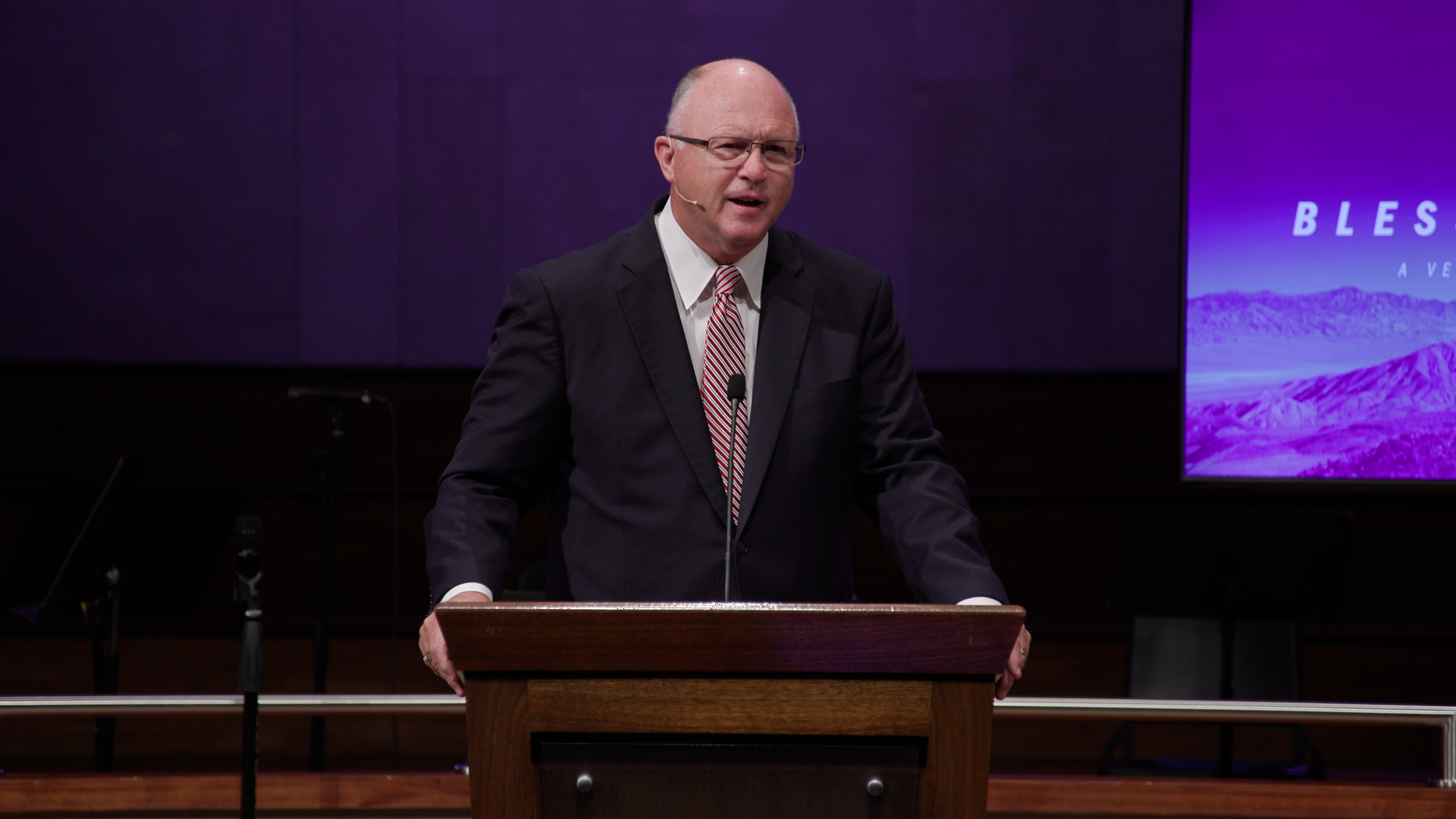 Pastor Paul Chappell: Fellowshipping in the Light